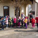 Setkani-vlaku_brezen-2019_001_deti-na-perone
