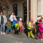 Setkani-vlaku_brezen-2019_116_odchod-deti